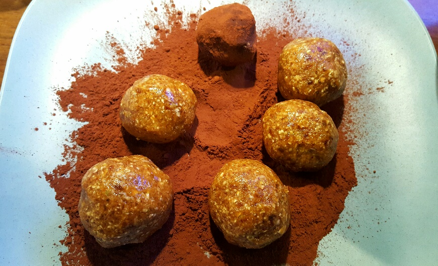 Coating Fat Foodie Energy Balls