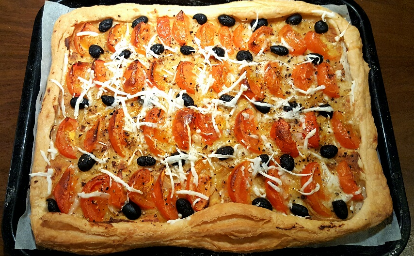 Freshly Baked Roasted Garlic and Tomato Tart